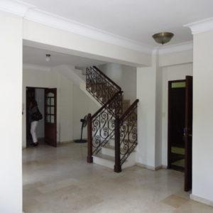 For Sale: 2-Floor Apartment (200 m2) in Piantini, Santo Domingo