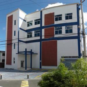 Se Alquila: Edificio Profesional en KM 13 Autopista Duarte, Santo Domingo